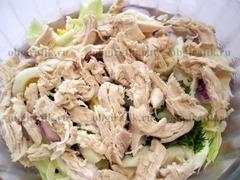 5. Куски отварного куриного мяса.